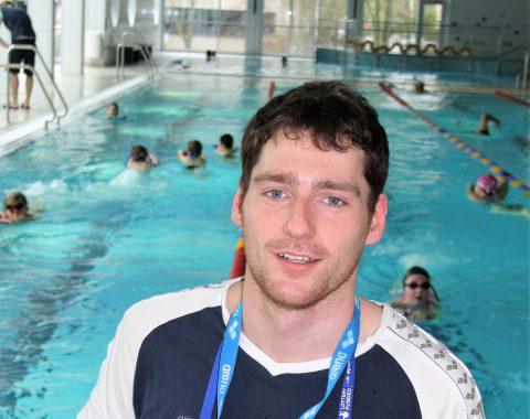 Sebastian Kolbe, ehemaliger Leistungsschwimmer, Trainer der Talentgruppe (TG) und Mini-Talentgruppe (Mini-TG) des Schwimmclub Westerbach Eschborn (SCWE), lizenzierter Life Kinetik Trainer